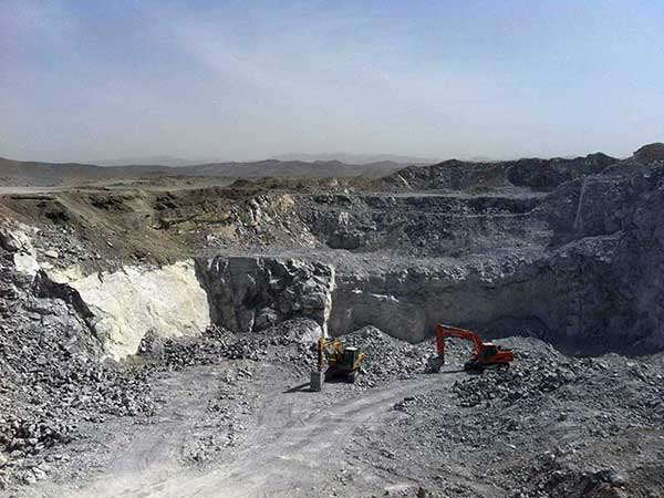 cement raw material extraction at a limestone quarry yard
